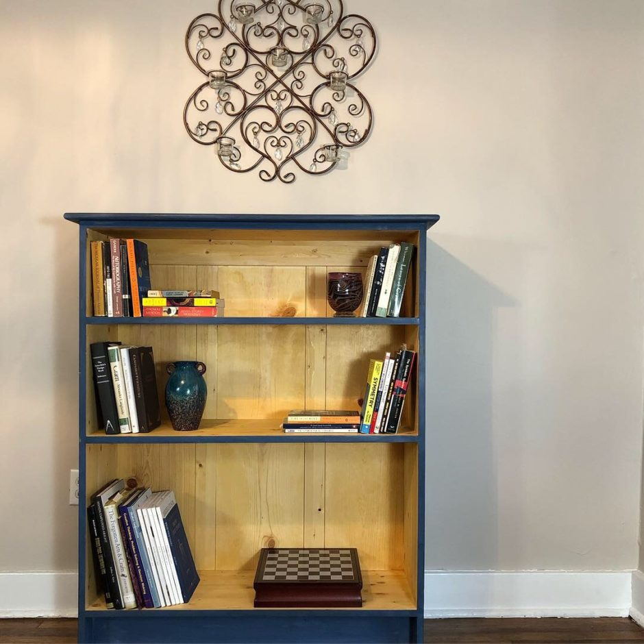 Boarded Bookcase with Top